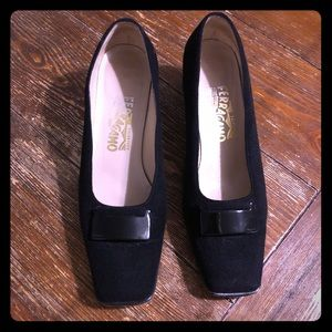 📷EUC Salvatore Ferragamo Black Suede Loafers 9📷